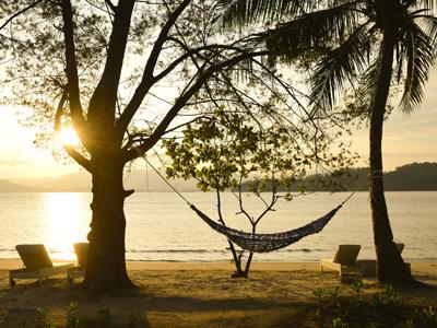 Coucher de soleil à Gaya Island