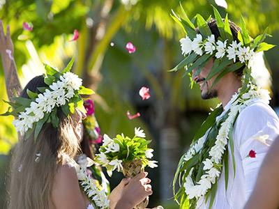 Polynésien -  GIE Tahiti Tourisme - Tim-mckenna.com
