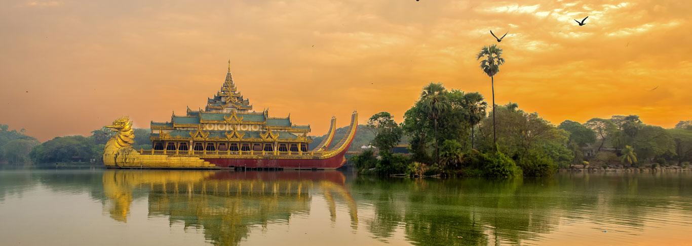 Pagode Shwedagon à Rangoon