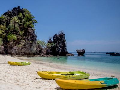 Croisière et kayak à Hong Islands