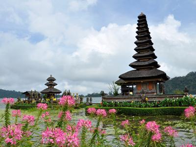 Pura Batukaru à Bali - nautil