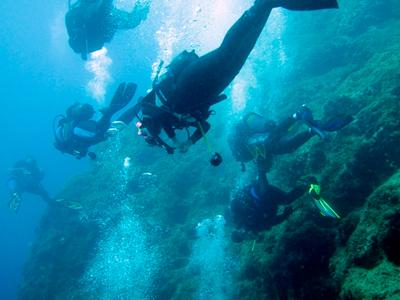 Plongée sous-marine à Agios Georgios