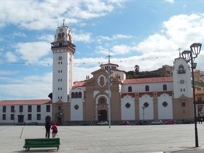 Basilique de la Candelaria (a.froese / Flickr)