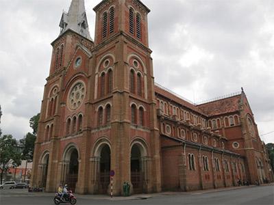 Cathédrale Notre Dame à Saigon