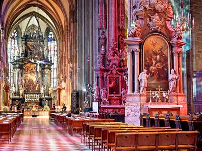 Cathédrale Saint-Etienne (Dennis Jarvis /Flickr)