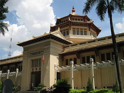 Le Musée de l'Histoire du Vietnam (Nguyen Thanh Quang)