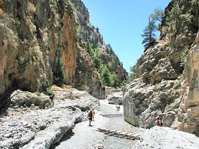 Les gorges de Samaria (Lapplaender / Wikimédia Commons)