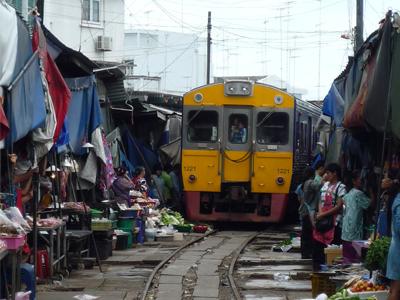 Marché de Maeklong