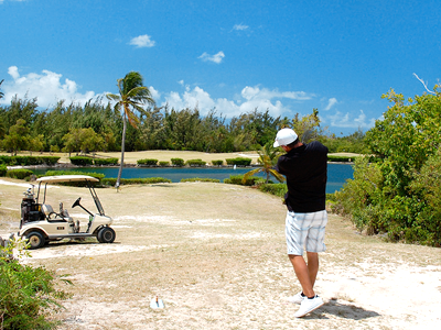 Mullet Bay Golf Course (bradleypjohnson / Flickr)