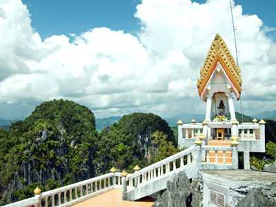 Wat Tham Sua (kallerna / Wikimedia Commons)