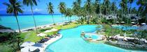 La plage du Phi Phi Island Village Beach Resort