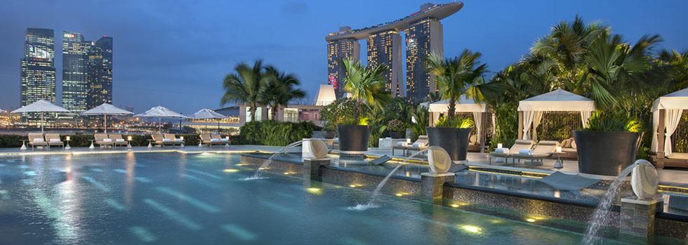 H tel mandarin oriental singapour r servez votre s jour for Singapour hotel piscine sur le toit