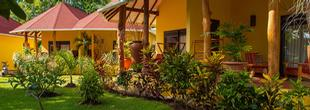 Les Lauriers Eco Hotel & Restaurant Praslin